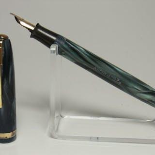 Italian vintage ASTURA 82 marbled 14ct flexy M nib - Füllfederhalter