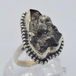 Campo del Cielo 925er Silberring mit Meteoriten - 8.03 g - (1)