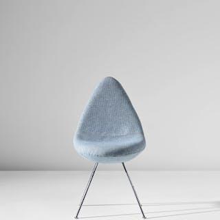 'Drop' chair, designed for the SAS Royal Hotel, Copenhagen - Arne Jacobsen