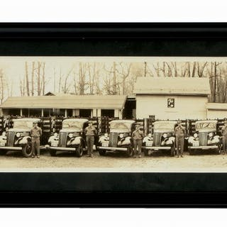 An excellent example of this Yard Long Photograph of a Seven up Delivery Service