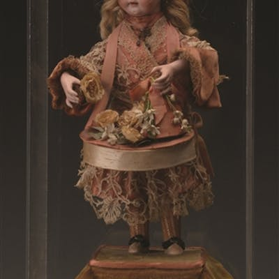 Appealing musical clockwork automaton