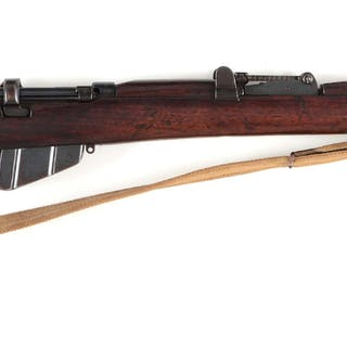 Standard World War I issue British military rifle with four piece stock