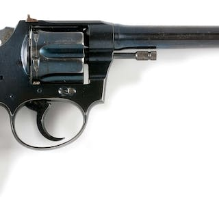 Revolver features flat top frame with adjustable target rear sight