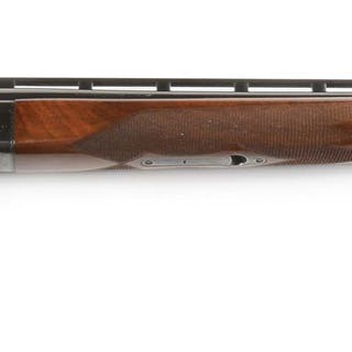 Well made trap gun with matted ventilated rib barrel