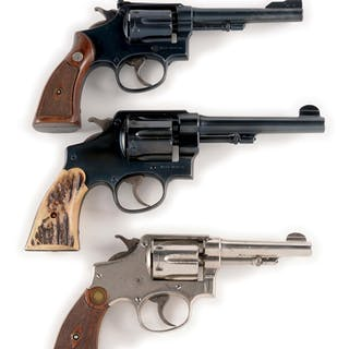 Lot consists of: (A) Hand Ejector 1905 Smith & Wesson 32 revolver