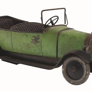 Has original rear wheel and license plate