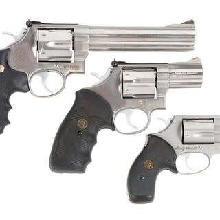 Lot consists of (A) Smith & Wesson Model 629-3 full...