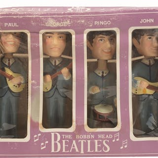 Nodders come in original box and are of Paul