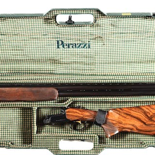 A very nice special sporting model made in 1994 in Italy by Perazzi