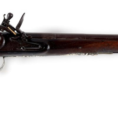 The long browned barrel has two bands and is banded at breech