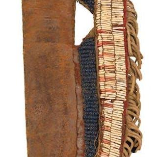 A GOOD MID 19TH CENTURY NATIVE AMERICAN INDIAN BEADWORK KNIFE SHEATH