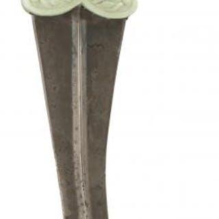 AN INDIAN JADE HILTED KHANJAR OR DAGGER, 24.5cm sharply curved blade