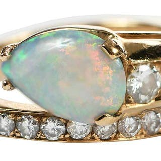 18kt. Diamond and Opal Ring