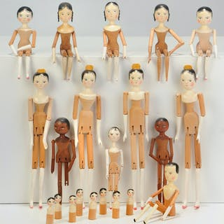 21 Fred T. Laughon Peg Wooden Dolls