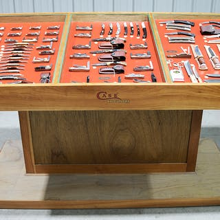 Case XX Cutlery Dealer Retail Display, Knives