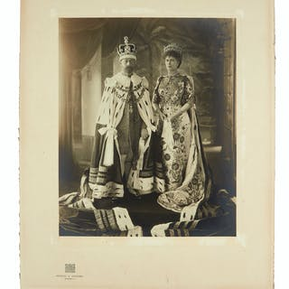 DELHI DURBAR PORTRAIT GEORGE V; AND MARY; KING AND QUEEN OF THE UK