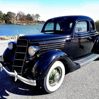 48 1935 Ford
