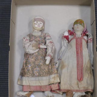 Two Russian fabric dolls in traditional costume (2)
