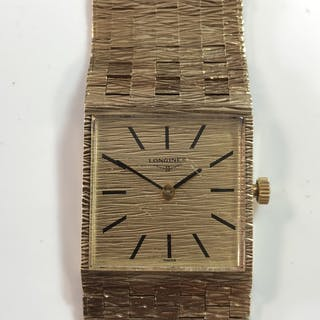 Longines - A gentleman's 9ct gold wristwatch, circa 1973, the signed