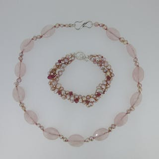 A rose quartz and cultured pink pearl necklace together with a pink