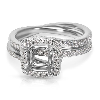BRAND NEW Cushion Halo Bypass Engagement Ring Setting in 18K Gold (0.74 CTW)