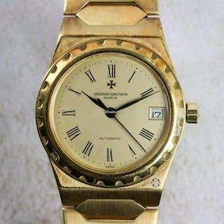 Vacheron Constantin Vintage Mid-Size 18kt Gold 222