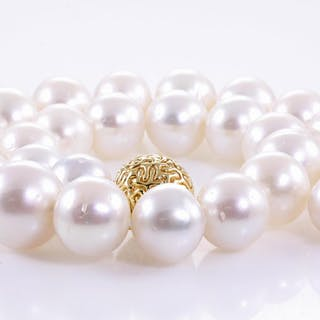 Autore Pearl Necklace Lot # 38 Adelaide