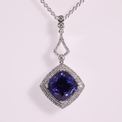 9.14ct Tanzanite and Diamond Pendant Lot # 122 Sydney