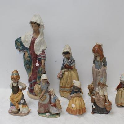 LLADRO. Lot of 8 Porcelain Figures.