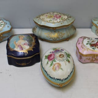 Limoges Porcelain Boxes Grouping of Five and One