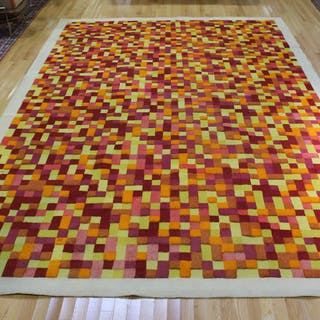 "V'SOSKE. Large ""8 Colors"" Carpet."