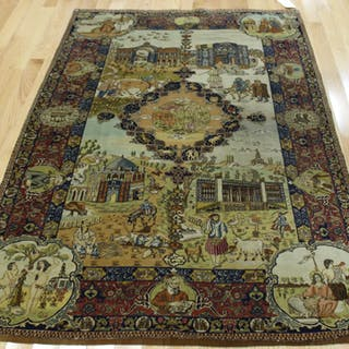 Vintage And Finely hand Woven Pectoral Carpet