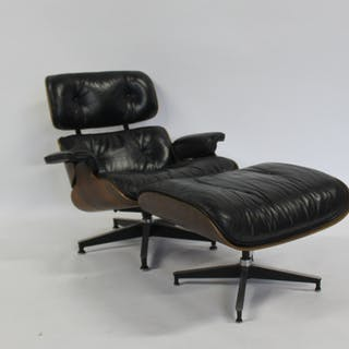 CHARLES EAMES. Midcentury Lounge Chair & Ottoman.
