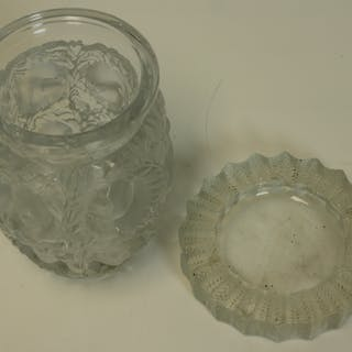LALIQUE. France Glass vase And Ash Tray.