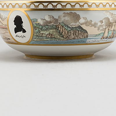 A Royal Copenhagen punch bowl in comemoration of the American Revolution