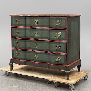 A baroque 18th century chest of drawers.