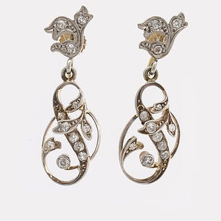 EARRINGS 14K whitegold and gold old and rose-cut Diamonds approx 0,40