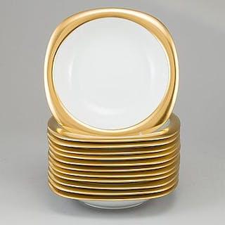TIMO SARPANEVA, 14 porcelain 'Suomi' dishes, Rosenthal Studio-linie