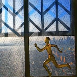 Robert Funk, Bronze Runner Brooklyn Heights (1975)