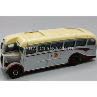 CORGI DIE CAST MODEL OF AN AEC REGAL COACH – Current sales