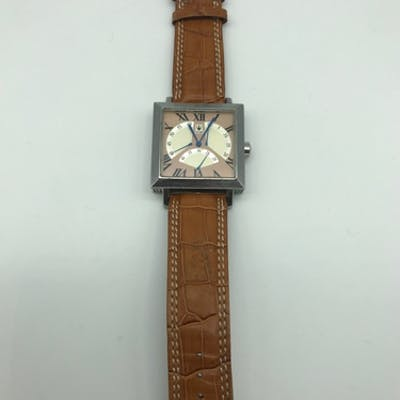 Minorva 3 flyback second hands automatic watch, Working
