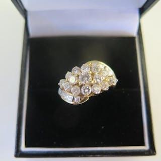 An 18ct diamond cluster ring in yellow gold, 24 diamonds, si...