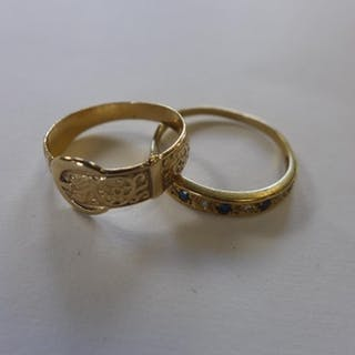 A 9ct gold ring, approx 1.5 grams, and a 9ct belt ring, appr...