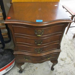 A reproduction small mahogany chest of drawers, together wit...