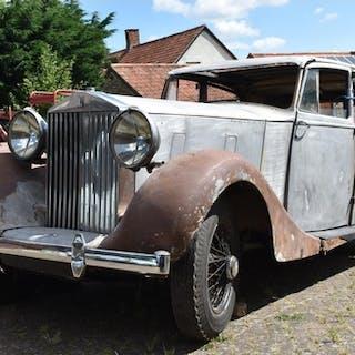 A 1939 Rolls-Royce Wraith 25/30 Park Ward sports saloon proj...