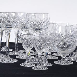 A suite of Royal Brierley cut-glass drinking glasses (36)