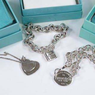 3 pieces of Tiffany & Co jewellery, including Return to Tiff...