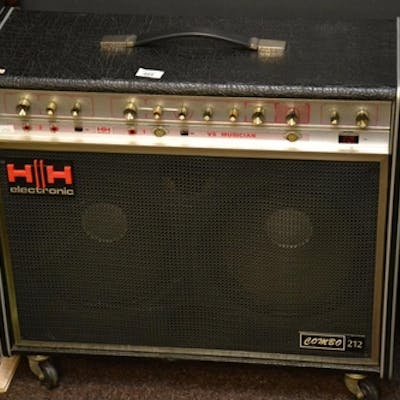HH VS Musician Combo 212, 100 Watt solid state amp. 2 inputs...
