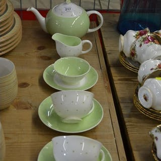Susie Cooper tea for 2 lime green spotted ware