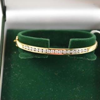 14ct gold & diamond hinged bangle